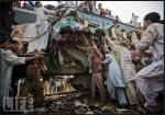 11 - Nov-Train CrashII Karachi-Daniel Berehulak,Getty